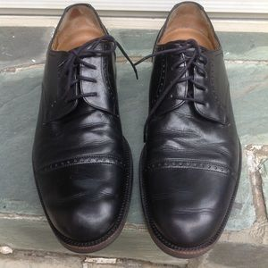 Johnston & Murphy Men's Dress Shoe Size 8.5